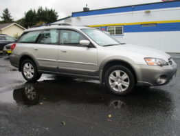 ** 2005 Outback Limited ** $7295