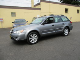****2009 Outback 5 Speed**** $11,495