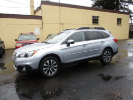 **2016 Outback Limited** $17,695