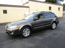 **2009 Outback Limited** $11,795